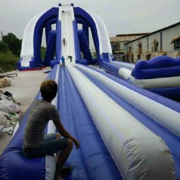frame support giant beach slide inflatable