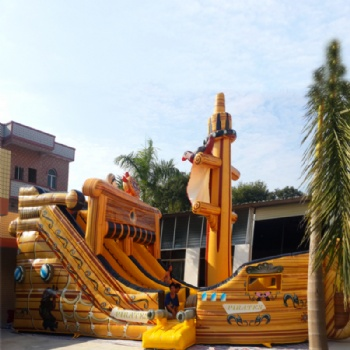 Luxury Pirate Ship Slide and Castle Inflatable For sale