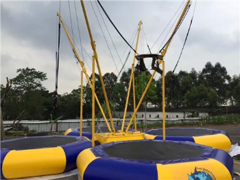 Fixed bungee jumping trampoline inflatable