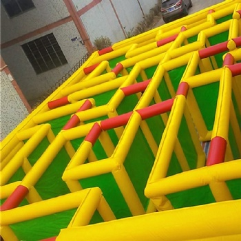 outdoor hide Chase inflatable Maze For Kids