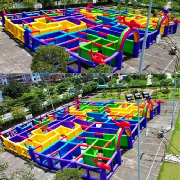 outdoor inflatable Maze Playground