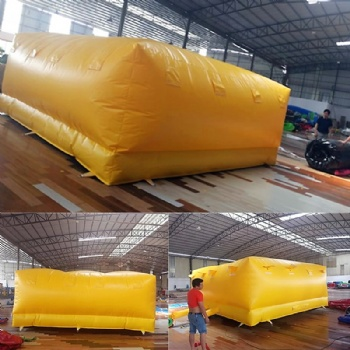 Inflatable air protection rescue mat